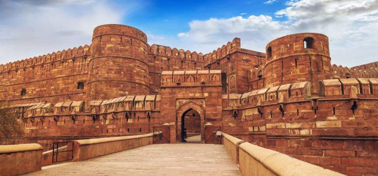 Agra Fort – Red Fort of Agra Timings, Entry Fee and History