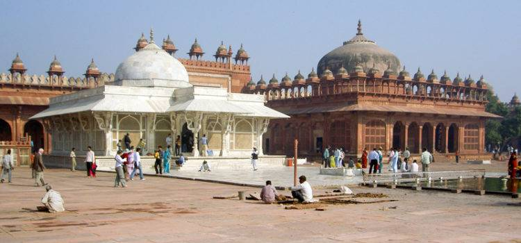 Fatehpur Sikri Agra Dargah Timings, Entry Fee and History