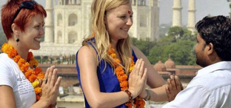 Common Problems Faced by Tourists in Agra Everyday
