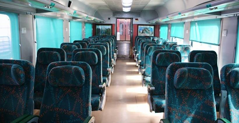 Same Day Agra Tour By Gatimaan Train